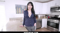 PervMom - Busy Stepmom Makes Time for Stepson