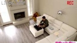 Daddy Couldn\'t Face Up To Filling Step Daughter\'s Vagina With Jizm S8:E3