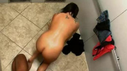 amateur model Stuck in Elevator Getting pounded