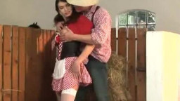 Country chicks gets her caboose  smashed in the hay